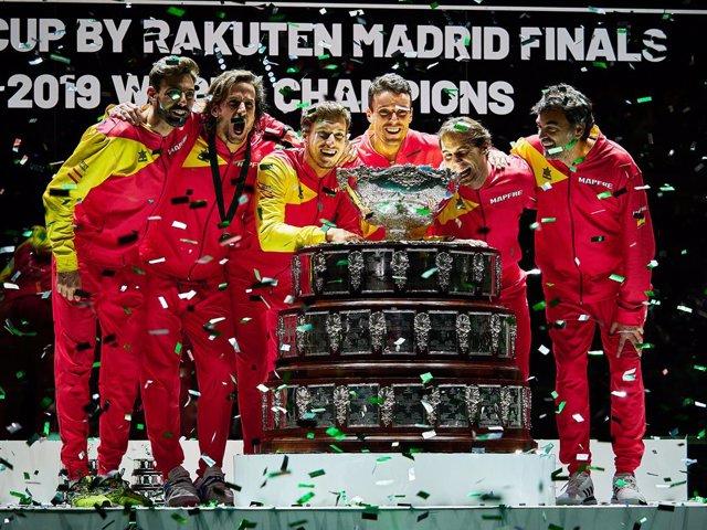 Archivo - Canada vs Spain, Final, Spain players celebrate after winning the Davis Cup 2019, Tennis Madrid Finals 2019 on November 24, 2019 at Caja Magica in Madrid, Spain - Photo Arturo Baldasano / DPPI