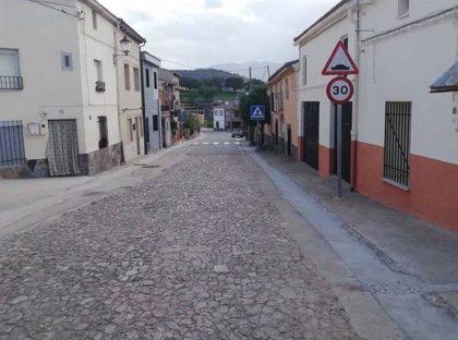 Finalizan las obras de pavimentaciones en Navatrasierra incluidas en el Plan Activa 2020 de la Diputación de Cáceres