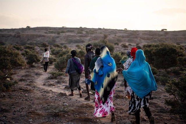 Archivo - Migrantes etiopes en Yibuti
