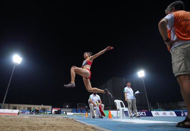 Sara Martínez logra la mínima B para Tokio en salto de longitud en el Meeting de L'Hospitalet