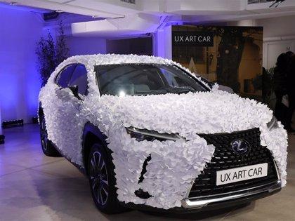 Clap Studio apuesta por la sencillez y gana el concurso de diseño 'Lexus UX Art Car'