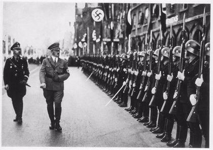 Condenado a prisión un policía austriaco por publicar en redes el plato favorito de Hitler en su cumpleaños