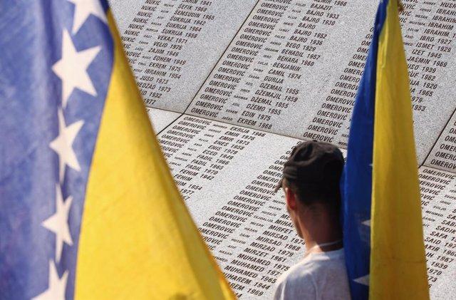 Archivo - Bandera de Bosnia y Herzegovina