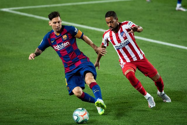 Archivo - Lionel Messi of FC Barcelona in action during the spanish league, LaLiga, football match played between FC Barcelona and Atletico de Madrid at Camp Nou Stadium on June 30, 2020 in Barcelona, Spain.
