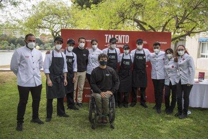 Tenis.-Cisco García y 'Talento Cruzcampo' elaboran un menú para diez deportistas del CEAR de la Cartuja