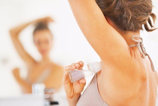 Archivo - Desodorante, mujer, higiene