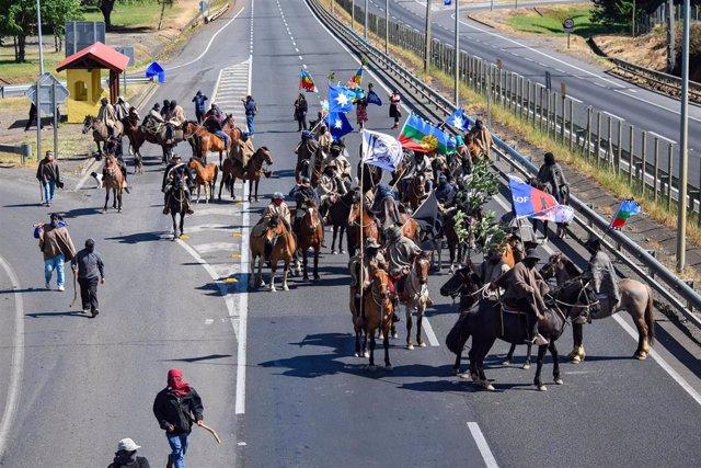 Archivo - Imagen de archivo de una protesta mapuche.