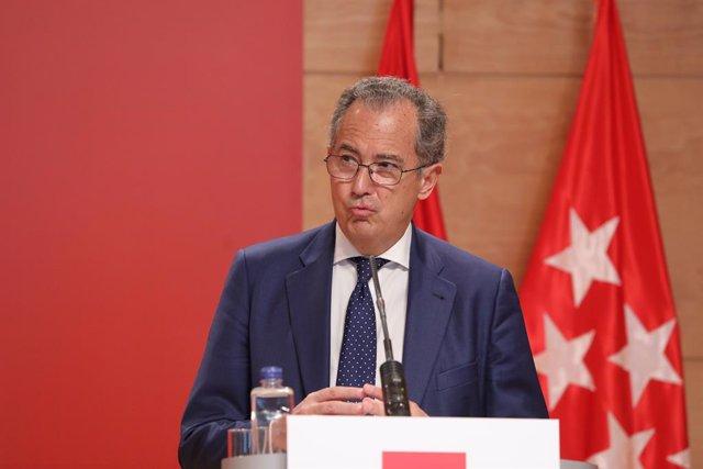 Arxiu -El conseller d'Educació a la Comunitat de Madrid i portaveu regional, Enrique Ossorio.