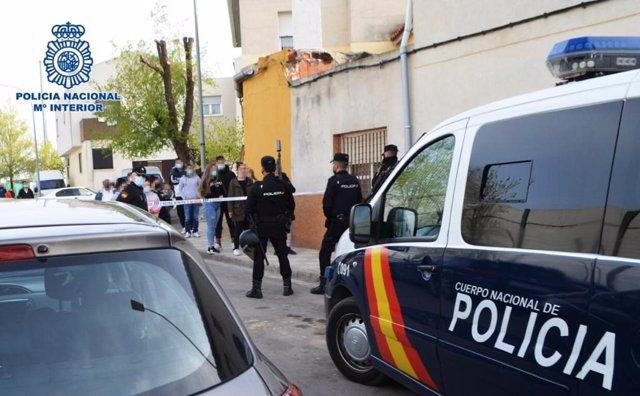 Dos detenidos en Albacete por robar en una vivienda para saldar una deuda pendiente con los moradores