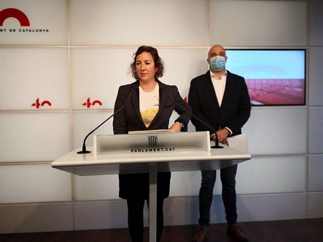 La portaveu dels socialistes, Alícia Romero, i el diputat del PSC, Raúl Moreno.