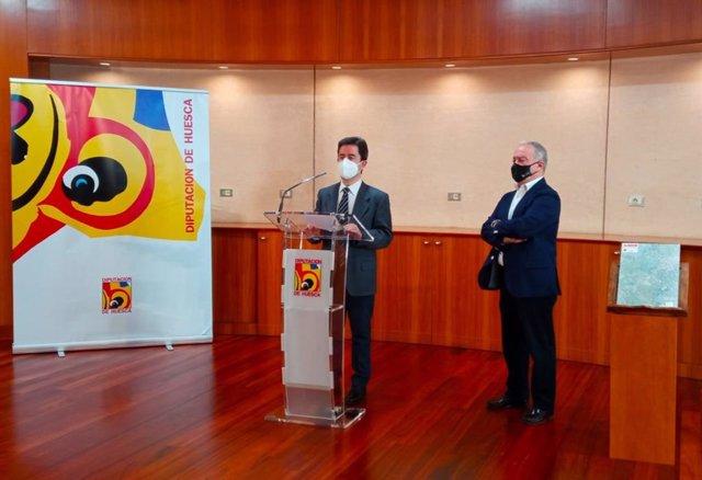 El alcalde de Huesca, Luis Felipe, y el presidente de la DPH, Miguel Gracia