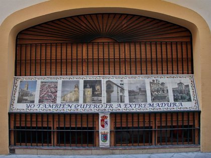 La Diputación de Badajoz destina 70.000 euros al apoyo de comunidades extremeñas en el exterior y sus federaciones