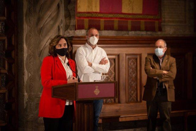 Arxiu - L'alcaldessa de Barcelona, Ada Colau, en una roda de premsa.