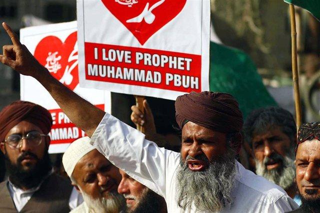 Archivo - Imagen de archivo de protestas del TLP en Pakistán.