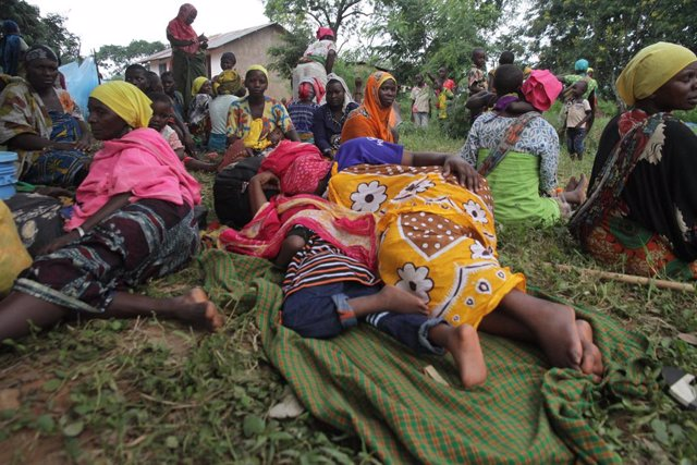 Archivo - Desplazados por las lluvias en Tanzania