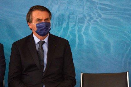 """Bolsonaro vuelve a llamar """"prototipos de dictadores"""" a los gobernadores que han impuesto restricciones"""