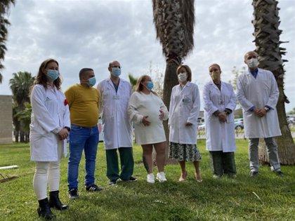 El Reina Sofía realiza por primera vez la extracción de cálculos biliares a embarazada por cirugía robótica