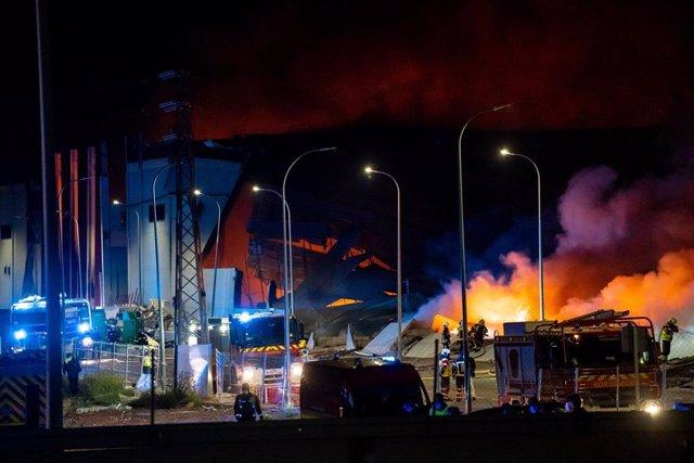 Archivo - Incendio nave Seseña