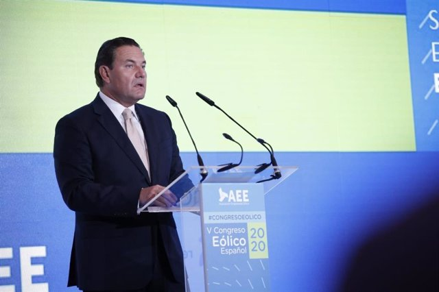 Archivo - El presidente de la AEE, Juan Diego Díaz