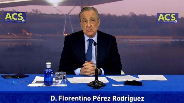 El presidente de ACS, Florentino Pérez, durante la presentación con analistas