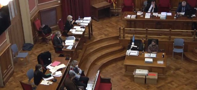 Arxiu - L'acusat de presumptament violar i matar una nena de 13 anys a Vilanova i la Geltrú (Barcelona) durant la primera sessió del judici el 12 d'abril del 2021.
