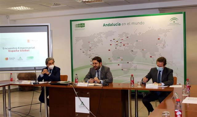 La Junta y el Gobierno central impulsan la Marca Andalucía ligada a la Marca España.