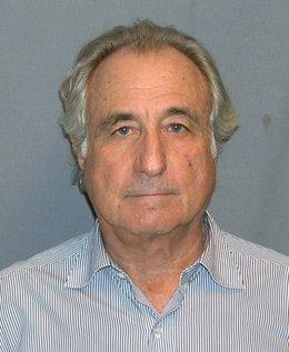Archivo - Bernard Madoff, condenado en 2009 por estafa