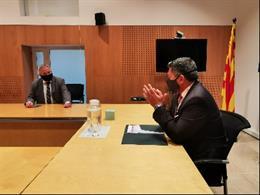 El conseller d'Interior, Miquel Sàmper, en una visita a les Terres de l'Ebre (Tarragona)