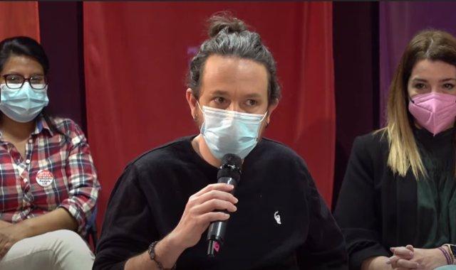 El candidato de Podemos a la Presidencia de la Comunidad de Madrid, Pablo Iglesias, propone dentista y psiquiatra gratis, 1.000 millones más a la Sanidad pública y contratar 10.000 efectivos en un acto de precampaña electoral sobre Sanidad