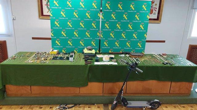 Material incautado en la operación tras el robo con fuerza en un domicilio en Quintanilla de Onésimo (Valladolid)