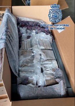 Droga oculta en cajas de muebles de jardín que se enviaba a Francia