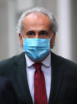 El consejero de Sanidad de la Comunidad de Madrid, Enrique Ruiz Escudero, a su llegada a la Jornada sobre Sociedad y Sanidad 'Reformas en políticas y gestión sanitarias', a 8 de abril de 2021, en Madrid, (España).