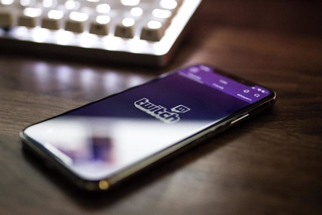Twitch en un smartphone.