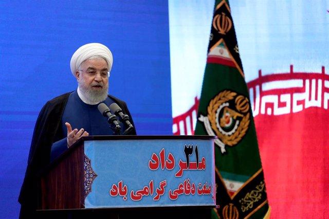 Archivo - Hasán Rohani en una comparecencia en Teherán