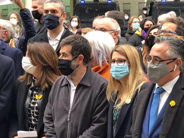 Archivo - Arxiu - La vicepresidenta de Junts, Elsa Artadi, amb el secretari general del partit, Jordi Sànchez.