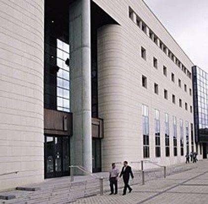 Mujeres Juezas ven falta de perspectiva de género en la sentencia de la Audiencia de Navarra por abuso a una menor