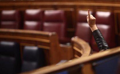 El Congreso rechaza reprobar a Iglesias por su gestión de las residencias durante la pandemia, como pedían Vox y PP