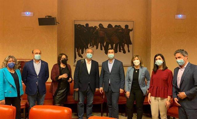El secretario xeral del PSdeG, Gonzalo Caballero, en la visita a Madrid junto a diputados de la formación