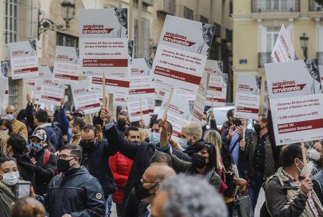 Protesta del sector del juego ante el Palau de la Generalitat