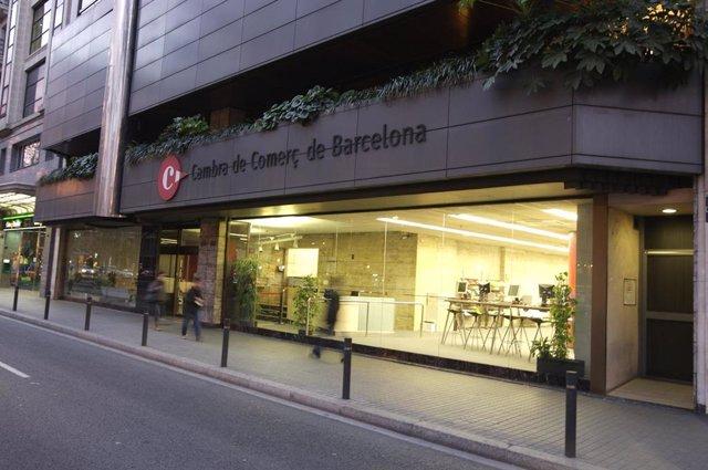Archivo - Edificio de las oficinas centrales de la Cámara de Barcelona. / ARXIVO