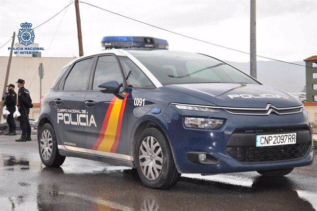 Archivo - Vehículo de la Policía Nacional.