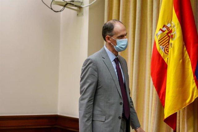 El inspector de la Policía Manuel Morocho, a su llegada a la Comisión de Investigación sobre la utilización de medios de Interior para favorecer al PP y anular pruebas en casos de corrupción, en el Congreso de los Diputados, en Madrid (España), a 25 de ma
