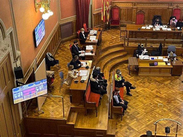 Arxiu - Declaració dels acusats de matar un home a trets a Baró de Viver (Barcelona) durant la primera sessió del judici el 13 d'abril del 2021.