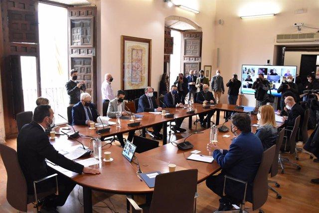 Reunión de municipios productores de calzado