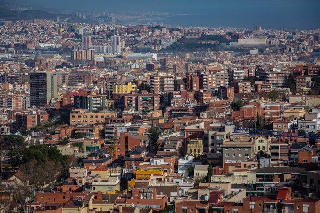 Archivo - Arxiu - Panoràmica de la ciutat de Barcelona.
