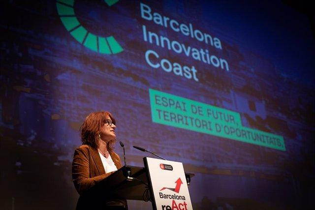 Arxiu - La tinent d'alcalde d'Agenda 2030, Transició Digital, Esports i Coordinació Territorial i Metropolitana de l'Ajuntament de Barcelona, Laia Bonet, durant la presentació de Barcelona Innovation Coast.