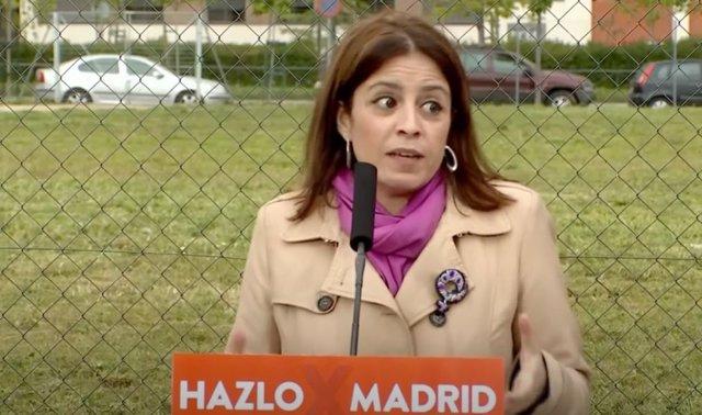 La portavoz del PSOE en el Congreso, Adriana Lastra, en un acto de precampaña en Fuenlabrada, Madrid.