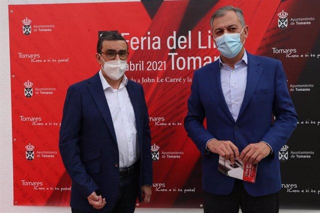 Francisco Robles y el alcalde de Tomares