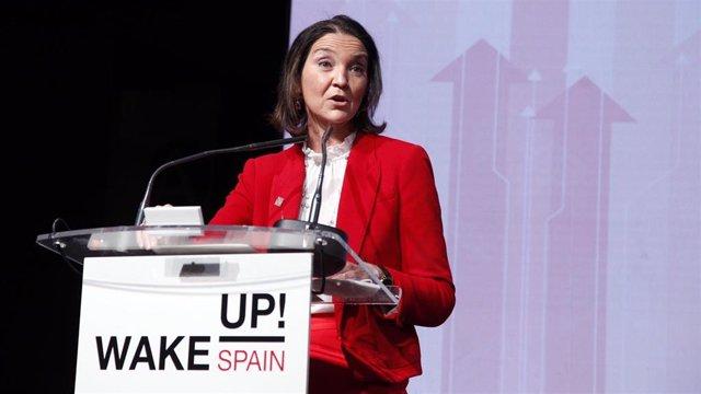 La ministra de Industria, Comercio y Turismo, Reyes Maroto en el en el foro 'Wake Up! Spain', organizado por 'El Español'.