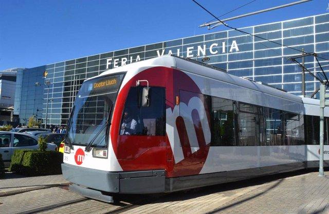 Archivo - Arxiu - Tramvia de Metrovalencia en Fira València